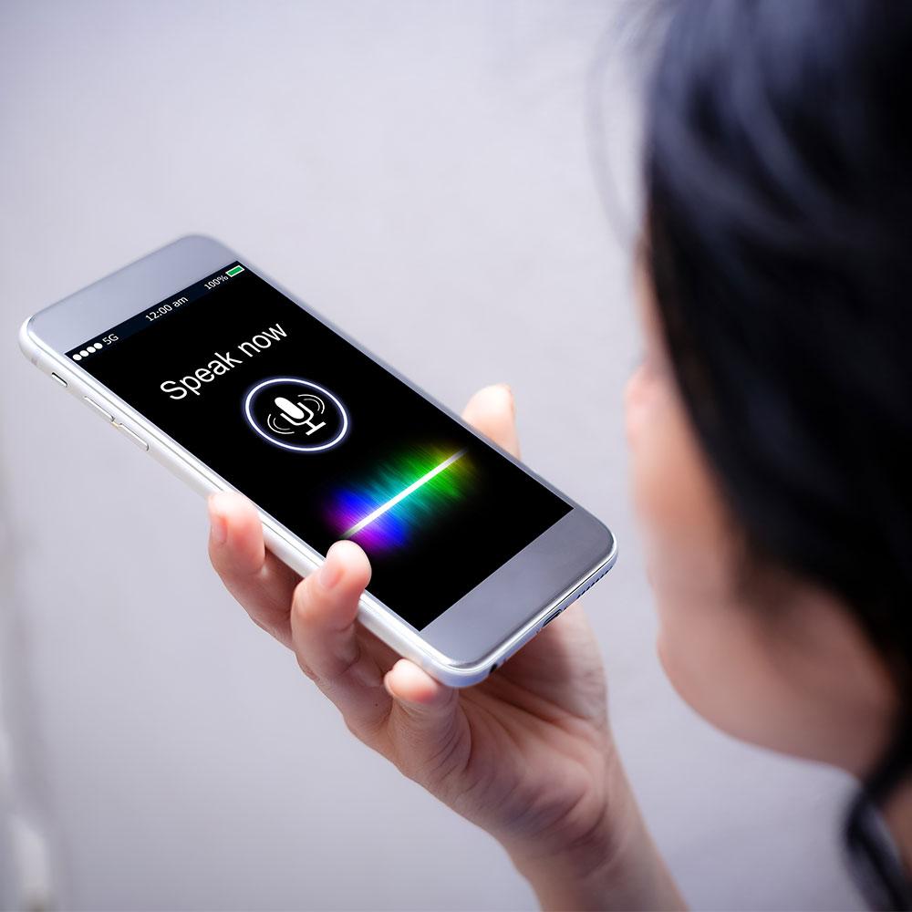 Sprachsteuerung über Smartphone